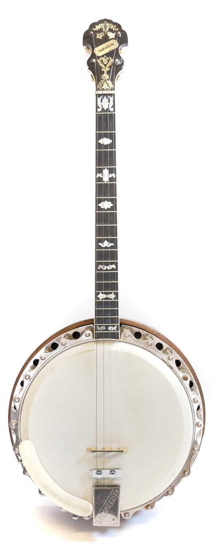 Lot Clifford Essex paragon tenor banjo
