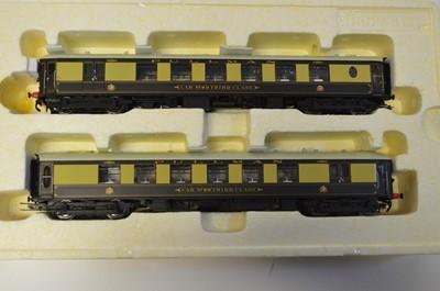 Lot Hornby OO gauge R2987 'Brighton Belle 1934'...