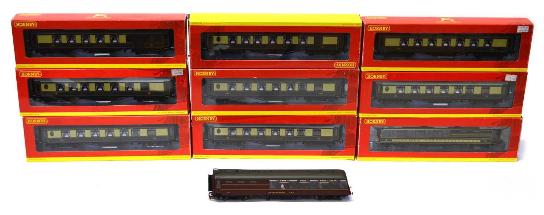 Lot Ten Hornby OO gauge Pullman coaches rolling...