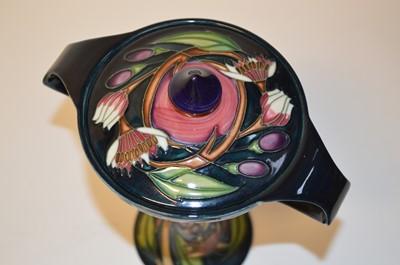 Lot Moorcroft 'Symphony' Bonbonniere Vase