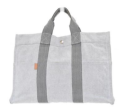 Lot 44 - A Hermès Fourre Tour Tote Bag