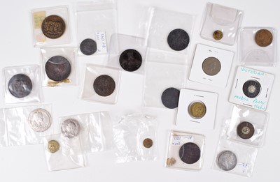Lot 63 - Selection of tokens and other commemorative medallions and coins (20).