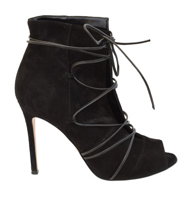 Lot 14 - A pair of Gianvito Rossi heeled boots