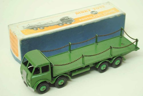 46 - A Dinky Foden truck No. 505, boxed