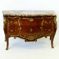 734 - French commode.