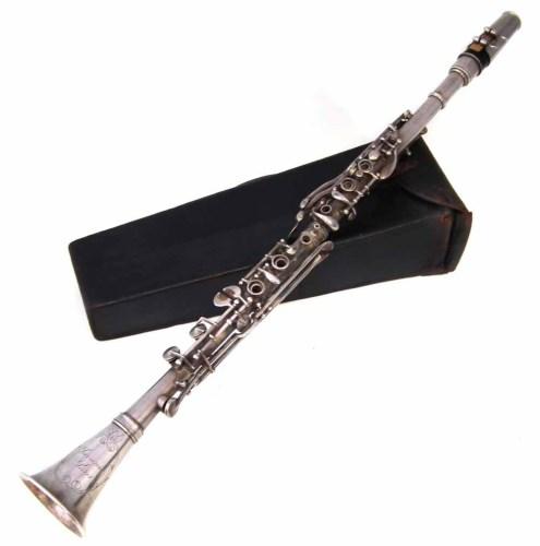 Lot 26-Savana Paris clarinet.