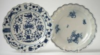 64 - Two Worcester plates circa 1770, one painted with