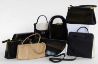Lot 455 - A collection of vintage and vintage style bags