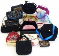 Lot 461 - A large collection of occasional / evening bags