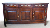 737 - George III oak closed dresser,