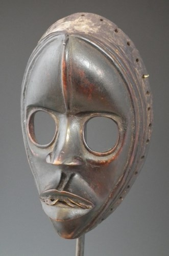 18 - Dan mask, 20cm high     All lots in this Tribal