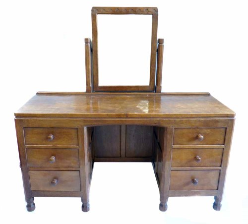 Lot 524 - Mouseman dressing table