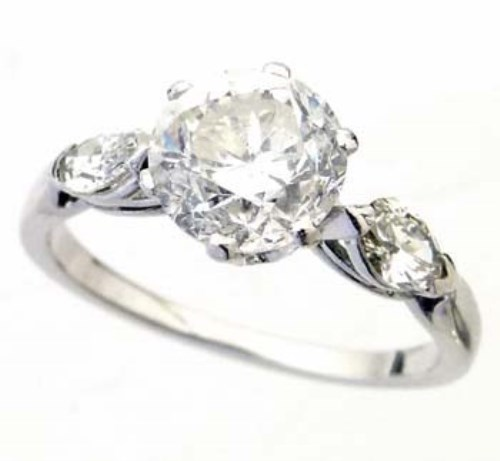 Lot 380-Brilliant cut diamond ring, 2.02ct, on marquise
