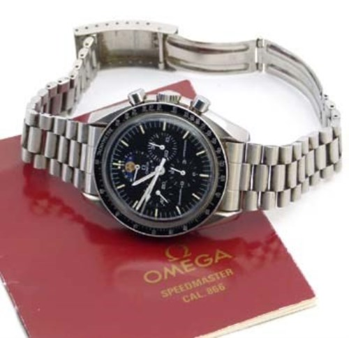 Lot 231-Omega Speedmaster Professional moon phase