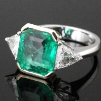 Lot 248-Colombian emerald and diamond ring, 5.43ct, in