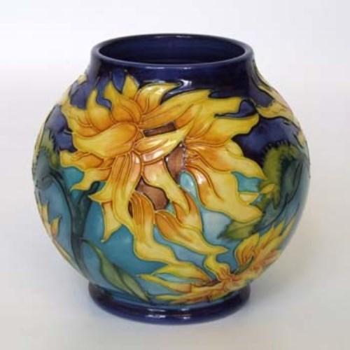 Lot 624 Moorcroft Vase Signed Jeanne Mcdougall