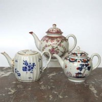 Lot 424-Two Worcester Teapots and a Lowestoft Teapot