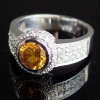 Lot 259-Fancy diamond 1.53ct ring