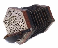 40 - Wheatstone 31 key Linota concertina, serial