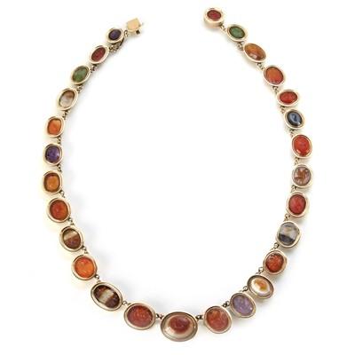 Lot 190 - An important archaeological Roman intaglio set necklace