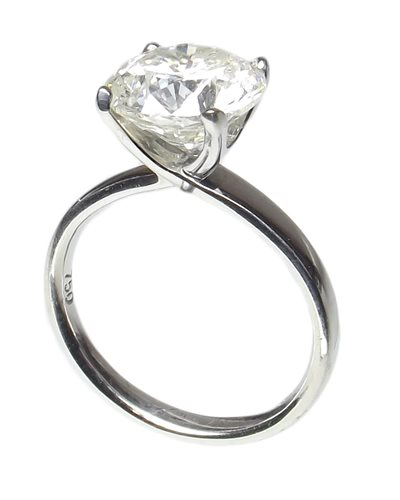 Lot 70-3.60ct 18ct white gold diamond solitaire ring
