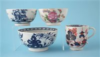Lot 136-Lowestoft coffee cup and three bowls